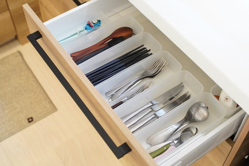 跟日本主婦學廚房收納|MUJI聚丙烯檔案盒、PP整理盒